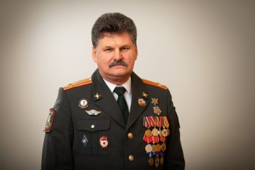 Верин Александр Витальевич Кандидат по одномандатному избирательному округу № 15