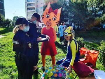 Полицейский беспредел... на детском празднике!